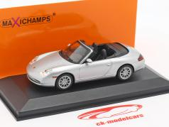 Porsche 911 (996) Cabriolet year 2001 silver 1:43 Minichamps