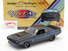 Dodge Challenger Trans Am Street Version 1970 preto / azul 1:18 GMP