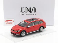 Volkswagen VW Golf 7 Alltrack ano de construção 2015 tornado vermelho 1:18 DNA Collectibles