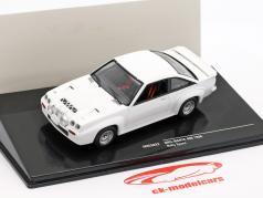 Opel Manta 400 Plain Body Version ano de construção 1986 branco 1:43 Ixo