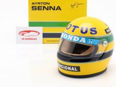 Ayrton Senna Lotus 99T #12 formule 1 1987 helm 1:2