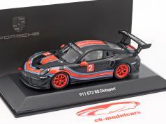 Porsche 911 (991 II) GT2 RS Clubsport #2 black / red / blue 1:43 Spark