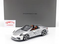 Porsche 911 (991 II) Speedster Concept #70 Heritage Edition prata com mostruário 1:18 Spark
