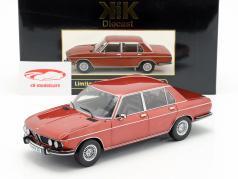BMW 3.0S E3 serie 2 Opførselsår 1971 brun metallisk 1:18 KK-Scale