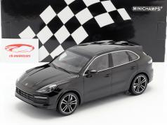 Porsche Cayenne Turbo S ano de construção 2017 preto 1:18 Minichamps