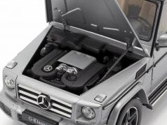 Mercedes-Benz G-Klasse (W463) Bouwjaar 2015 designo platina magno 1:18 iScale
