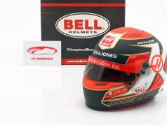 Kevin Magnussen Haas VF-19 #20 formule 1 2019 casque 1:2 Bell
