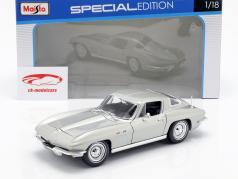 Chevrolet Corvette ano 1965 prata 1:18 Maisto