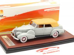 Cadillac V16 Series 90 Fleetwood Sedan Closed Top Baujahr 1938 grau 1:43 GLM