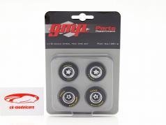 Felgen und Reifen Set für Ford Fairlane (GMP18910) 1:18 GMP