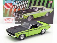 Plymouth Barracuda AAR with vinyl roof year 1970 sublime green 1:18 GMP
