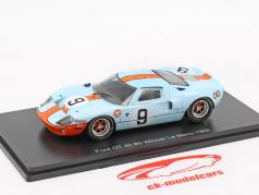Ford GT 40 Gulf #9 gagnant 24h LeMans 1968 Rodriguez, Bianchi 1:43 Spark