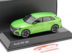 Audi RS Q8 築 2020 java グリーン 1:43 Jaditoys