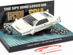 Lotus Esprit filme de James Bond The Spy Who Loved Me carro branco 1:43 Ixo