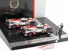 2-Car Set Toyota TS050 Hybrid #8 & #7 slut 24h LeMans 2018 1:43 Spark