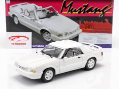 Ford Mustang LX convertible año de construcción 1993 blanco 1:18 GMP