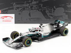 L. Hamilton Mercedes-AMG F1 W10 EQ #44 Formel 1 Weltmeister 2019 1:18 Minichamps