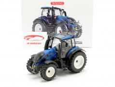 Valtra T214 traktor blå metallisk / sort 1:32 Wiking