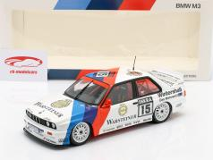 BMW M3 (E30) #15 vencedor Hockenheim DTM 1992 Roberto Ravaglia 1:18 Minichamps