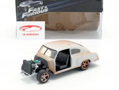 Dom's Chevrolet Fleetline Fast and Furious 8 mat sølv 1:24 Jada Toys