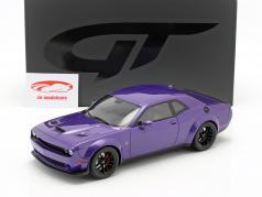 Dodge Challenger SRT Hellcat Widebody 2019 roxo 1:18 GT-Spirit