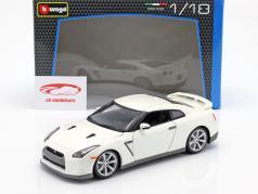 Nissan GT-R Año 2009 blanco 1:18 Bburago