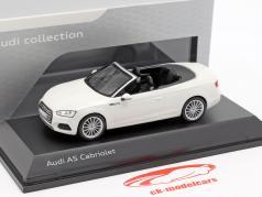 Audi A5 カブリオレ 築 2017 tofana 白 1:43 Spark