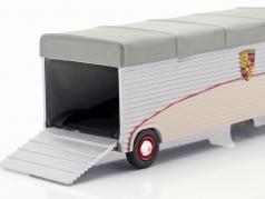 Volkswagen VW T1 racing transporter Porsche beige / argent / gris 1:43