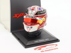 Lewis Hamilton #44 Mercedes-AMG Petronas campeón del mundo F1 2019 casco 1:5 Spark / 2. elección