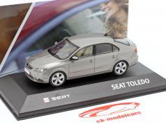 Seat Toledo IV Bouwjaar 2012-2019 zilvergrijs metalen 1:43 Seat