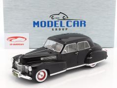 Fleetwood Series 60 Special Sedan Construction year 1941 black 1:18 Model Car Group / 2. choice