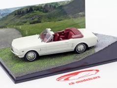 Ford Mustang Convertible película de James Bond Goldfinger coche blanco 1:43 Ixo