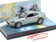 Aston Martin V12 Vanquish James filme de James Bond Die Another Day 1:43 Ixo