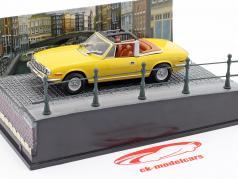 Triumph Stag auto James Diamonds Are Forever film di James Bond giallo 1:43 Ixo