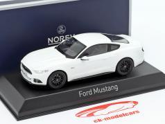 Ford Mustang ano de construção 2016 branco 1:43 Norev