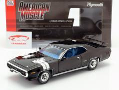 Plymouth GTX year 1971 black / white 1:18 Autoworld