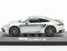 Porsche 911 (992) Turbo S Bouwjaar 2020 GT zilver 1:43 Minichamps