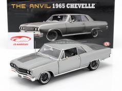 Chevrolet Chevelle ANVIL Baujahr 1965 grau 1:18 GMP