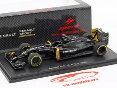 K. Magnussen & J. Palmer Renault R.S.16 winter testen formule 1 2016 1:43 Spark