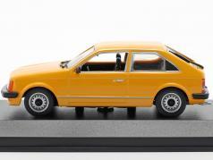 Opel Record C #201 viuda negra 1967 1:43 bos