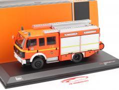 Mercedes-Benz LF 16/12 Baujahr 1995 Feuerwehr Hamburg 1:43 Ixo