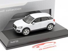 Audi Q2 (GA) 建設年 2016 氷河 白い 1:43 iScale