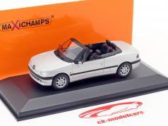 Peugeot 306 Cabriolet Baujahr 1998 mattsilber 1:43 Minichamps