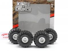 Monster Truck 66-inch Reifen & Felgen Set Firestone 1:18 Greenlight