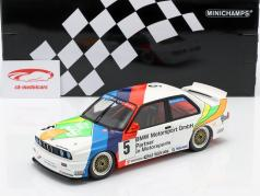 BMW M3 (E30) #5 третий Macau Guia Race 1990 J. Winkelhock 1:18 Minichamps
