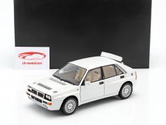 Lancia Delta HF Integrale Evoluzione 2 year 1993 white 1:18 Kyosho