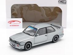BMW M3 (E30) Byggeår 1990 sølv metallisk 1:18 Solido