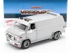 GMC Vandura Custom Bouwjaar 1983 zilver metalen 1:18 Greenlight