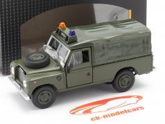 Land Rover Series III 109 Softtop Vehículo militar oscuro aceituna 1:43 Cararama