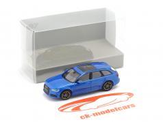 Audi A6 Avant Ano de construção 2018 azul metálico 1:87 Minichamps